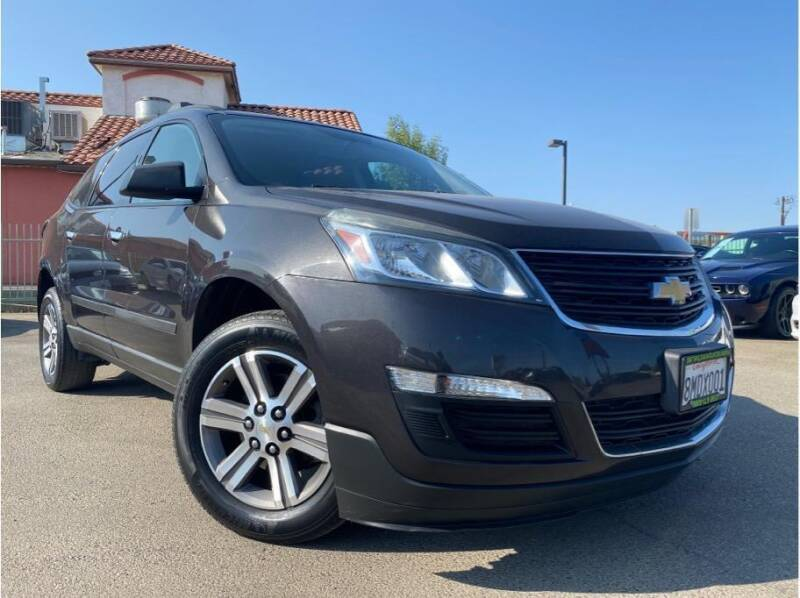 2017 Chevrolet Traverse for sale at MADERA CAR CONNECTION in Madera CA