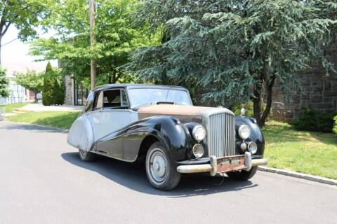 1951 Bentley Mark VI for sale at Gullwing Motor Cars Inc in Astoria NY