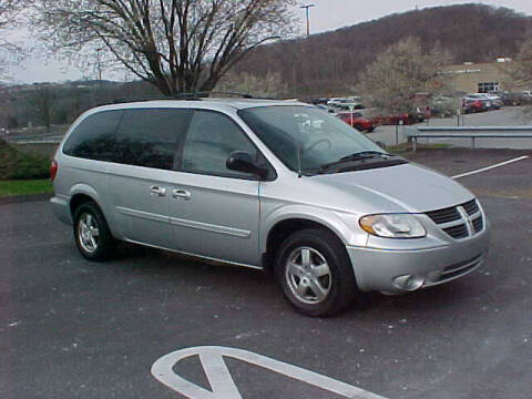 2006 Dodge Grand Caravan for sale at North Hills Auto Mall in Pittsburgh PA