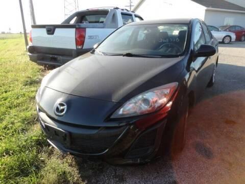 2011 Mazda MAZDA3 for sale at CARZ R US 1 in Heyworth IL