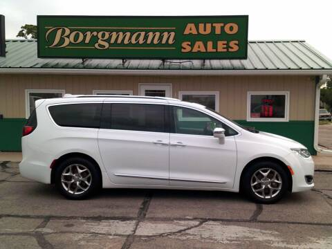2017 Chrysler Pacifica for sale at Borgmann Auto Sales in Norfolk NE