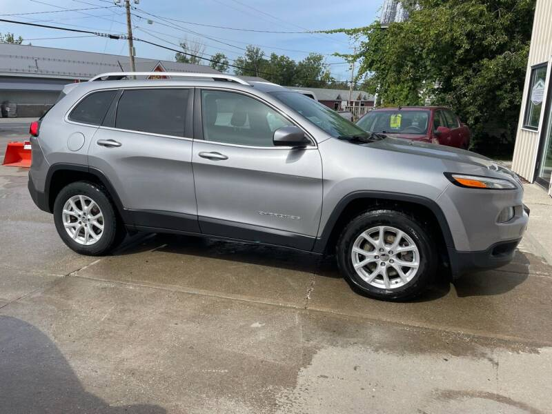 2017 Jeep Cherokee for sale at Dussault Auto Sales in Saint Albans VT