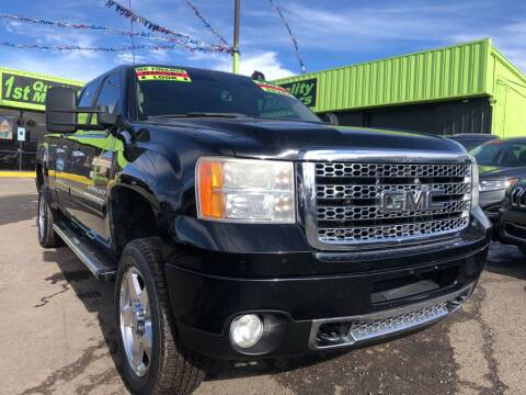 2011 GMC Sierra 2500HD for sale at 1st Quality Motors LLC in Gallup NM