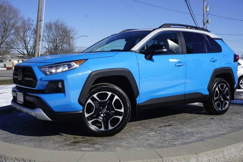 2019 Toyota RAV4 for sale at Platinum Motors LLC in Heath OH
