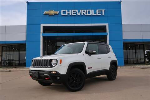 2018 Jeep Renegade for sale at Lipscomb Auto Center in Bowie TX