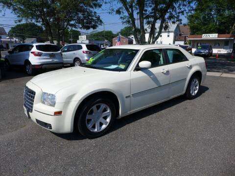 2008 Chrysler 300 for sale at FBN Auto Sales & Service in Highland Park NJ