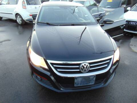 2009 Volkswagen CC for sale at Avalanche Auto Sales in Denver CO