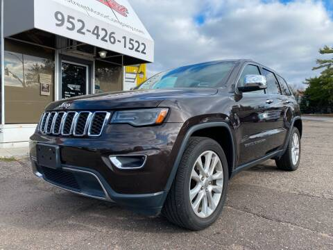 2017 Jeep Grand Cherokee for sale at Mainstreet Motor Company in Hopkins MN