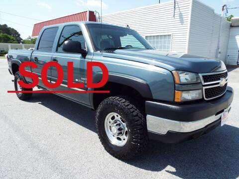 2006 Chevrolet Silverado 2500HD for sale at USA 1 Autos in Smithfield VA