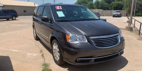2016 Chrysler Town and Country for sale at Pioneer Auto in Ponca City OK