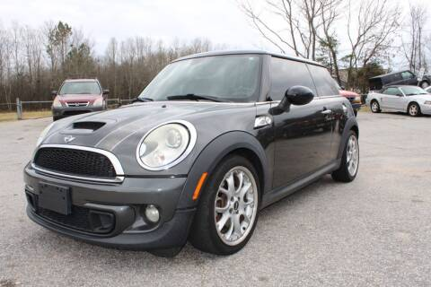 2011 MINI Cooper for sale at UpCountry Motors in Taylors SC
