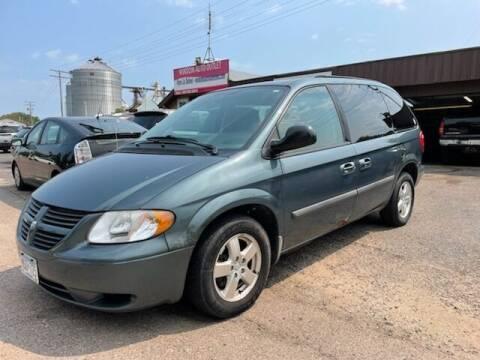 2006 Dodge Caravan for sale at WINDOM AUTO OUTLET LLC in Windom MN