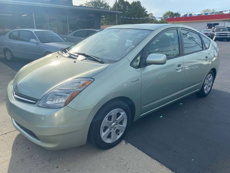2007 Toyota Prius for sale at Wise Investments Auto Sales in Sellersburg IN