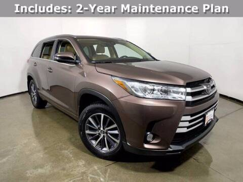 2017 Toyota Highlander for sale at Smart Budget Cars in Madison WI