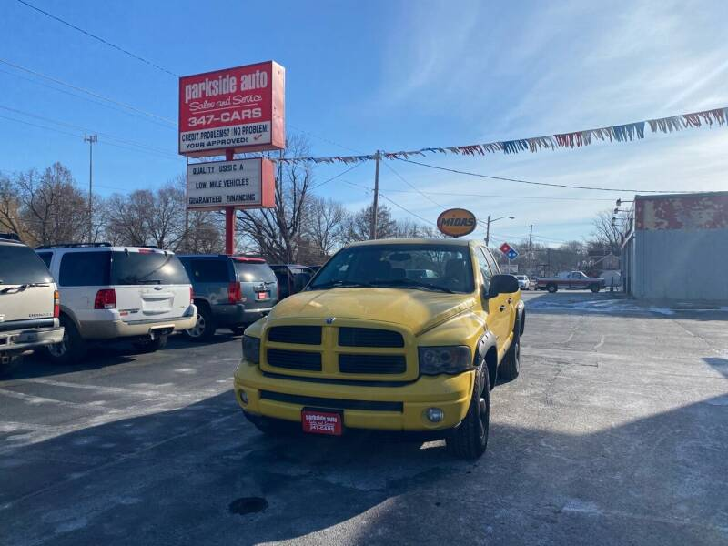 2004 Dodge Ram Pickup 1500 for sale at Parkside Auto Sales & Service in Pekin IL