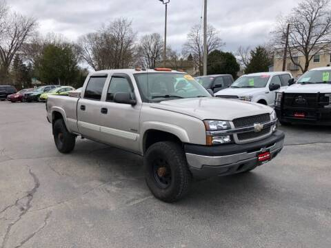 2004 Chevrolet Silverado 2500 for sale at WILLIAMS AUTO SALES in Green Bay WI