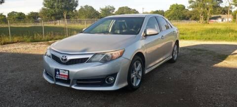 2014 Toyota Camry for sale at LA PULGA DE AUTOS in Dallas TX
