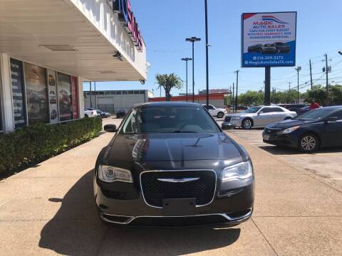 2016 Chrysler 300 for sale at Magic Auto Sales in Dallas TX