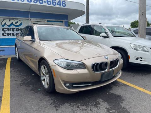 2013 BMW 5 Series for sale at Ideal Cars in Hamilton OH