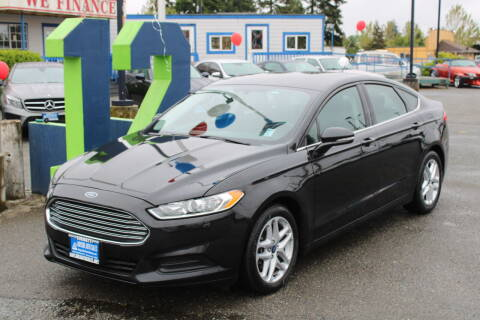 2014 Ford Fusion for sale at BAYSIDE AUTO SALES in Everett WA