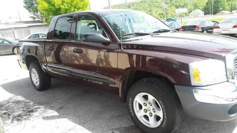 2005 Dodge Dakota for sale at BBC Motors INC in Fenton MO