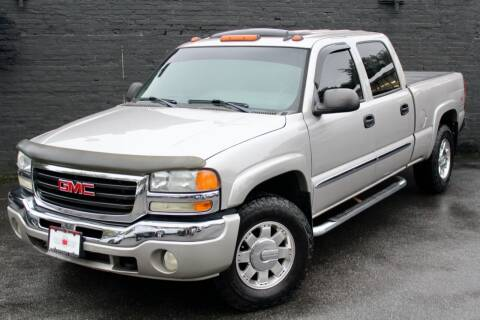 2006 GMC Sierra 1500HD for sale at Kings Point Auto in Great Neck NY