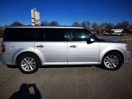 2011 Ford Flex for sale at Savior Auto in Independence MO