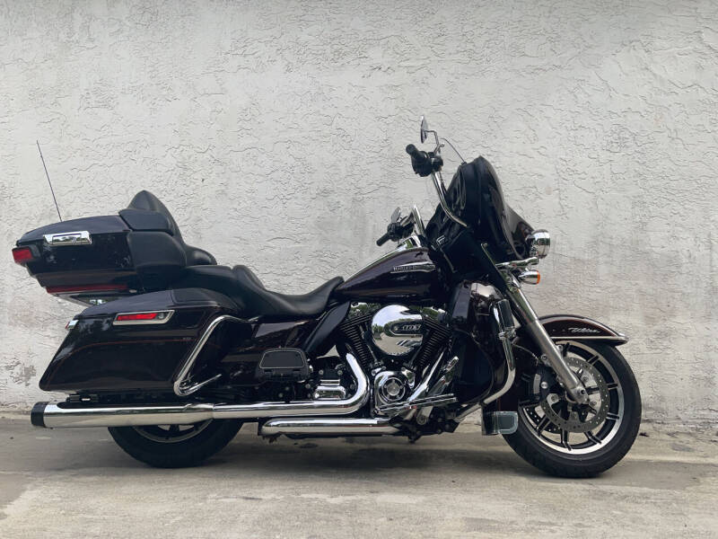 2014 Harley-Davidson FLHTCU103 for sale at FIRST FLORIDA MOTOR SPORTS in Pompano Beach FL