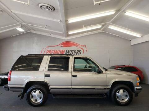 1999 Chevrolet Tahoe for sale at Premium Motors in Villa Park IL