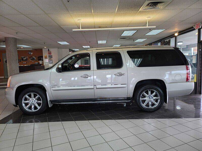 2008 GMC Yukon XL for sale in Hamilton, OH