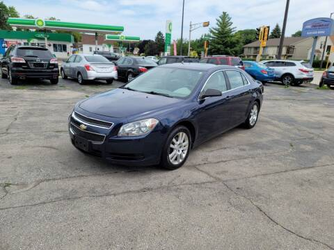 2011 Chevrolet Malibu for sale at MOE MOTORS LLC in South Milwaukee WI