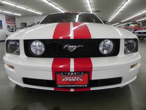 2006 Ford Mustang for sale at 121 Motorsports in Mt. Zion IL