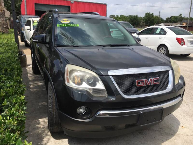 2007 GMC Acadia for sale at PICAZO AUTO SALES in South Houston TX
