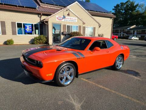 2009 Dodge Challenger for sale at V & F Auto Sales in Agawam MA