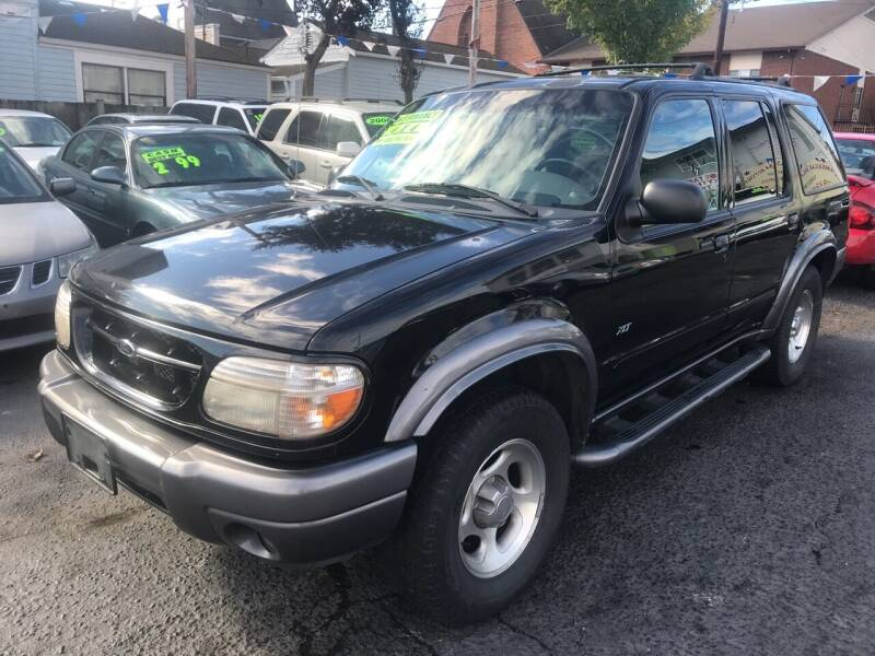 2000 Ford Explorer for sale at American Dream Motors in Everett WA