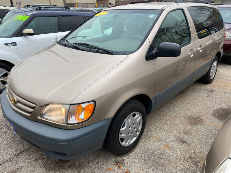 2002 Toyota Sienna for sale at 5 Stars Auto Service and Sales in Chicago IL