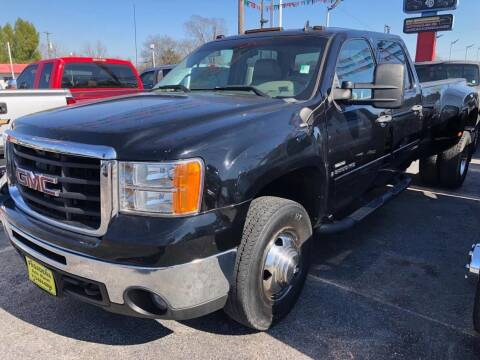 2009 GMC Sierra 3500HD for sale at Pasadena Auto Planet in Houston TX