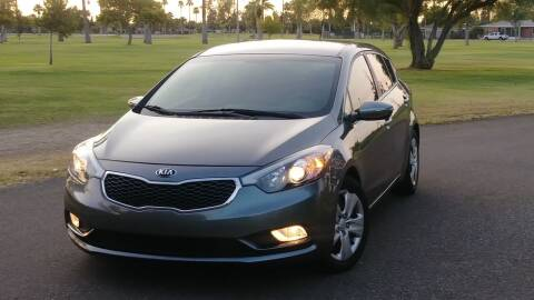 2016 Kia Forte5 for sale at CAR MIX MOTOR CO. in Phoenix AZ