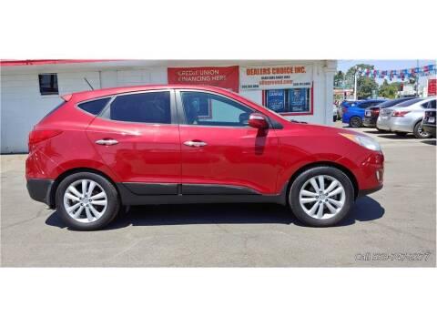 2011 Hyundai Tucson for sale at Dealers Choice Inc in Farmersville CA