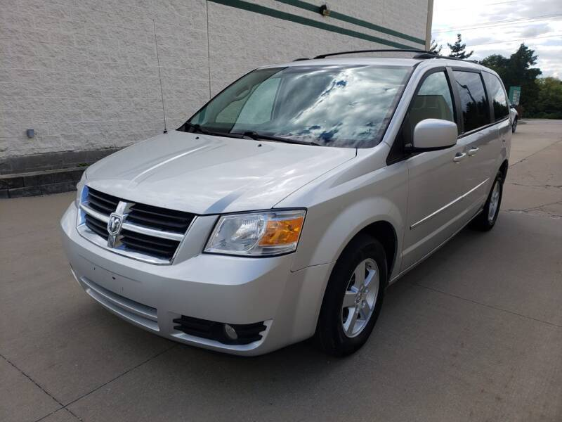 2010 Dodge Grand Caravan for sale at Auto Choice in Belton MO