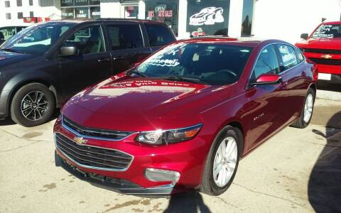 2017 Chevrolet Malibu for sale at Bob's Garage Auto Sales and Towing in Storm Lake IA
