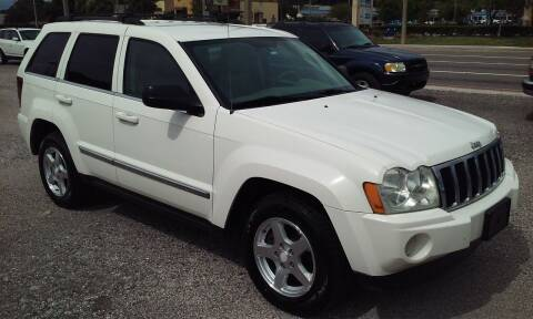 2005 Jeep Grand Cherokee for sale at Pinellas Auto Brokers in Saint Petersburg FL