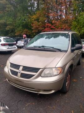 2007 Chrysler Town and Country for sale at Cheap Auto Rental llc in Wallingford CT