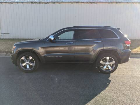 2014 Jeep Grand Cherokee for sale at TNK Autos in Inman KS