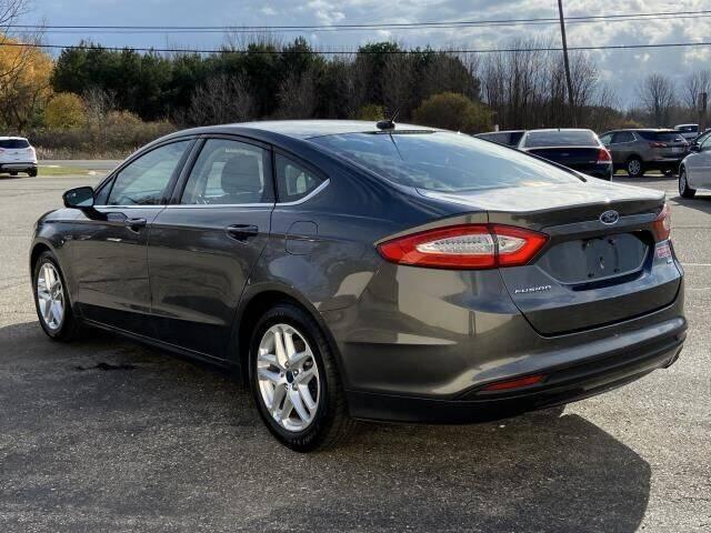 2016 Ford Fusion SE 4dr Sedan - Saint Louis MI