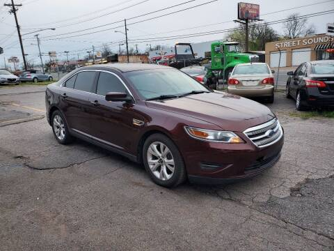2012 Ford Taurus for sale at Green Ride Inc in Nashville TN
