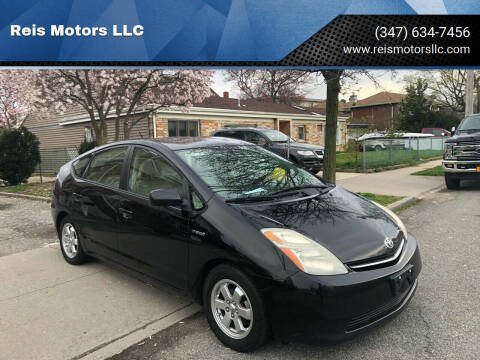 2007 Toyota Prius for sale at Reis Motors LLC in Lawrence NY