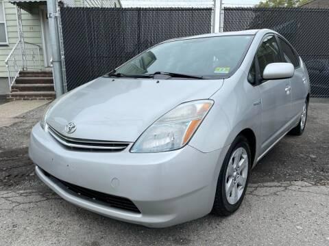 2008 Toyota Prius for sale at Illinois Auto Sales in Paterson NJ