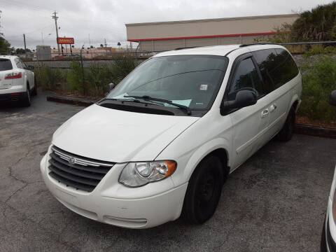 2007 Chrysler Town and Country for sale at Easy Credit Auto Sales in Cocoa FL