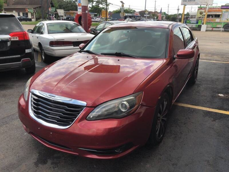 2012 Chrysler 200 for sale at 4 Girls Auto Sales in Houston TX